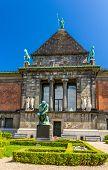 foto of cultural artifacts  - Ny Carlsberg Glyptotek an art museum in Copenhagen Denmark - JPG