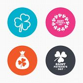 picture of clover  - Circle buttons - JPG