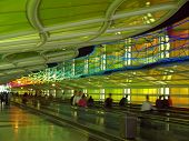 Un corredor de un Major International Airport