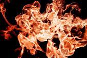 Feuer Flammen hoch heben