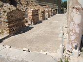 Antique Ruins 4