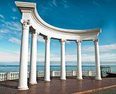Постер, плакат: Древние греческие колонны