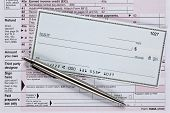 Blank Check On 1040A Taxform With Pen