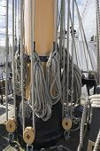 Ships mainmast rope