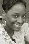 foto of black face  - smiling black woman - JPG