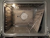pic of convection  - The inside of a stove oven - JPG
