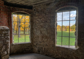 picture of gatekeeper  - View from inside looking out at Squire - JPG