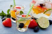 picture of sangria  - Refreshing white sangria  - JPG