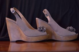picture of taupe  - Taupe linen wedges against black and wood background - JPG