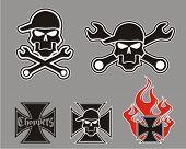 Vector choppers cross with skulls.