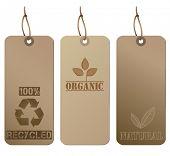 Elegantes etiquetas de papelão recicladas
