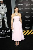 LOS ANGELES - AUG 1: Jessica Biel at the Los Angeles Premiere of 'Total Recall' at Grauman's Chinese