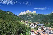Alba Di Canazei, Overview