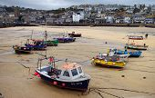 picture of st ives  - Boats on the sand in the harbour at St Ives - JPG