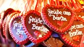 Gingerbread hearts with greetings from Berlin.