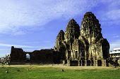Phra Prang Sam Yot With Monkey