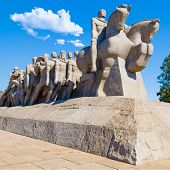 picture of stone sculpture  - Bandeiras Monument in Ibirapuera Park - JPG