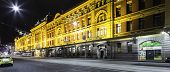 MELBOURNE, AUSTRALIA - CIRCA JAN 2014: Flinder street station at night in Melbourne, Australia.