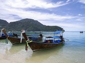 foto of phi phi  - Ko Phi Phi Don is island of the Phi Phi archipelago - JPG