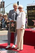 LOS ANGELES - SEP 4:  Ellen DeGeneres, Betty DeGeneres at the Hollywood Walk of Fame Ceremony for El
