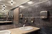 Woodland Hotel - Bathroom
