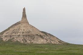 foto of western nebraska  - A rock formation that looks like a chimney in western Nebraska - JPG