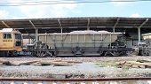 Bogie Hopper Wagon no.42041