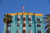 The Famous Georgian Hotel In Santa Monica