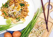Thai Food  (pad Thai)