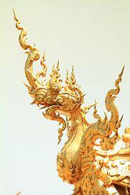 picture of apex  - Art of gable apex of public Thai temple - JPG