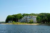Residential Upscale Lakeside Homes