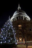 Kathedrale St. Paul zu Weihnachten