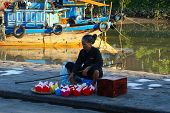 Street vendor selling floating laterns