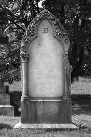 foto of headstones  - Headstone left blank for your own design - JPG
