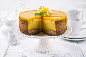 cheesecake with mango