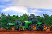 Tractor raspador