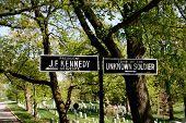 Signs at Arlington Cemetery