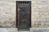 Brickwall y antigua puerta