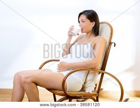 Беременных на кресле
