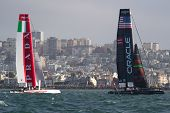 SAN FRANCISCO, CA - OCTOBER 4: Oracle Team USA and Italy's Team Luna Rossa Piranha compete in the America'??s Cup World Series sailing races in San Francisco, CA on October 4, 2012