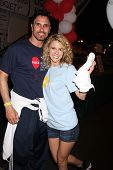 LOS ANGELES - OCT 6:  Don Diamont, Linsey Godfrey attend the Light The Night Walk at Sunset Gower St