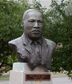 Martin-Luther-King-Skulptur, Eastern Michigan University