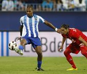 MALAGA, SPAIN. 19/09/2010. Salom�³n Rond�³n  the Malaga forward in action during the La Liga mat
