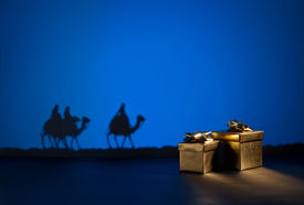 foto of magi  - Three wise men on the way to Jesus in Bethlehem and presents - JPG