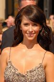 LOS ANGELES - AUGUST 27: Jennifer Love Hewitt arriving at the 58th Annual Primetime Emmy Awards at T