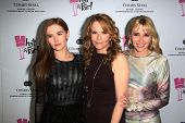 Zoey Deutch, Lea Thompson and Madelyn Deutch at the What a Pair Benefit 2013, Eli Broad Stage, Santa