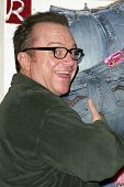 LOS ANGELES - APRIL 24: Tom Arnold at the Brandon Davis and Replay celebrate store opening and the l