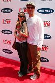 BEVERLY HILLS - APRIL 29: Heather McComb and James Van Der Beek at the Old Navy Nationwide Search fo