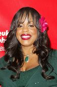 HOLLYWOOD - APRIL 06: Niecy Nash at the 2nd Annual Celebrity Rock 'N' Bowl Tournament at Lucky Strik