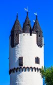 Donjon tower in Castle Park of Hanau-Steinheim, Germany